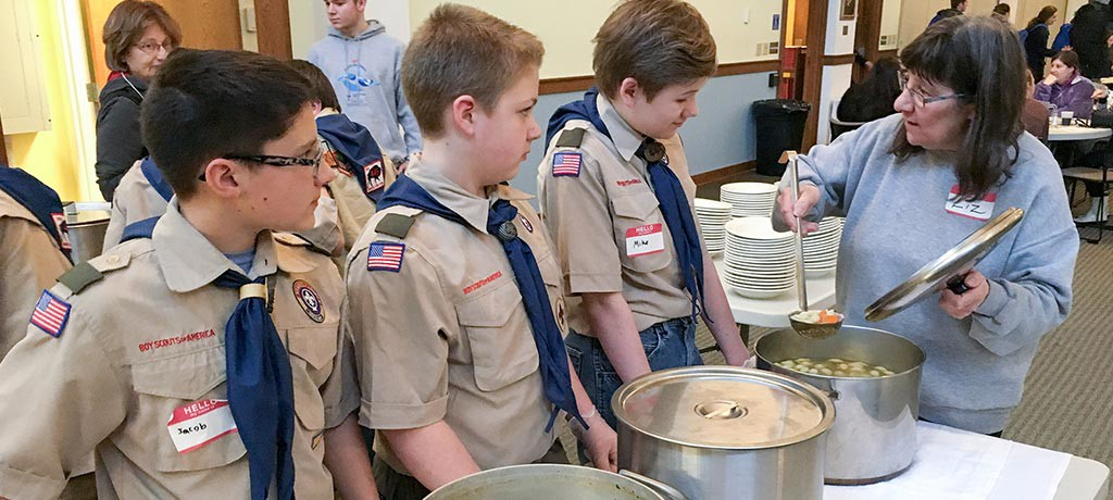 Liz-and-boy-scouts